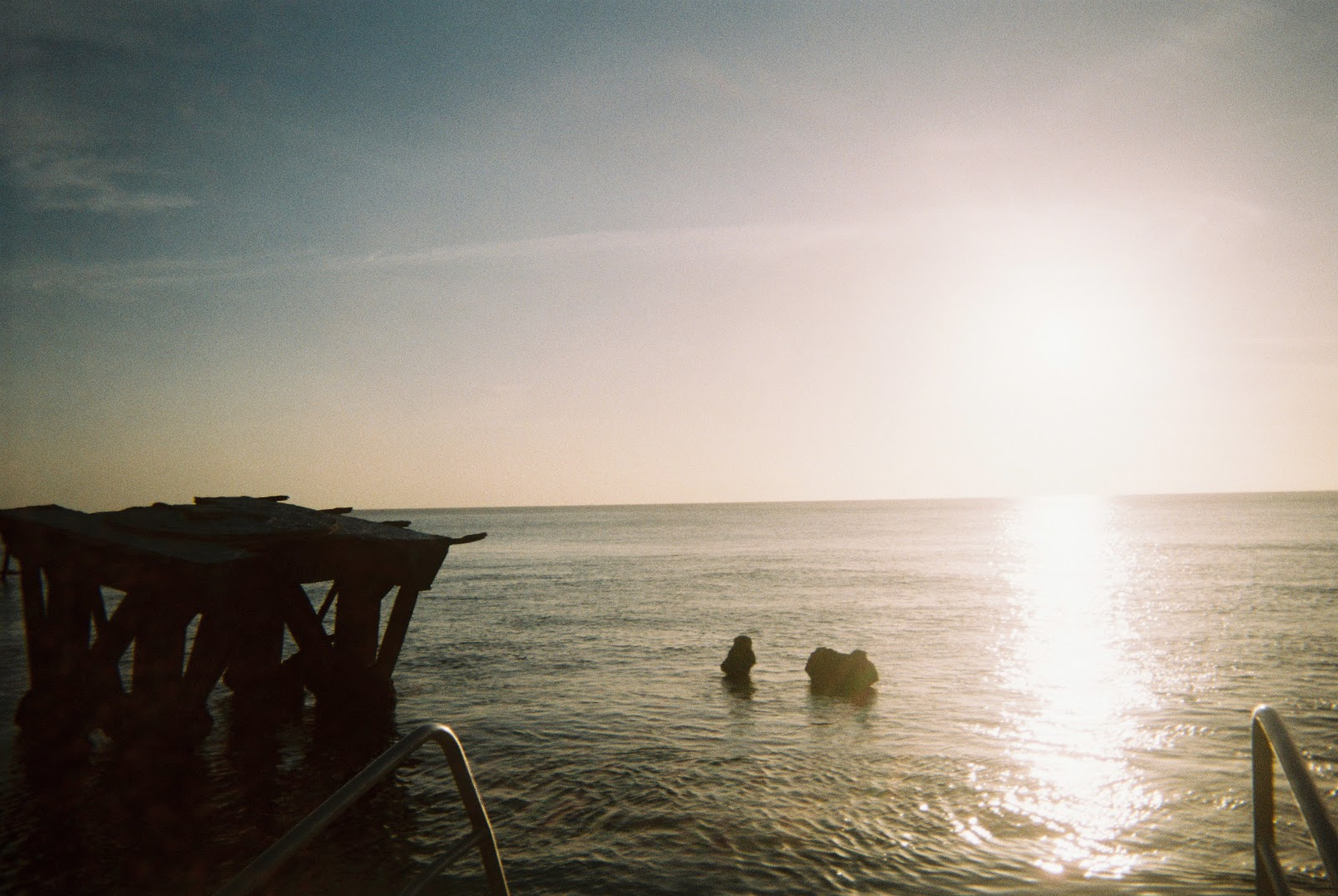 Disposable Diary #11: Tangalooma Island – Girl behind the