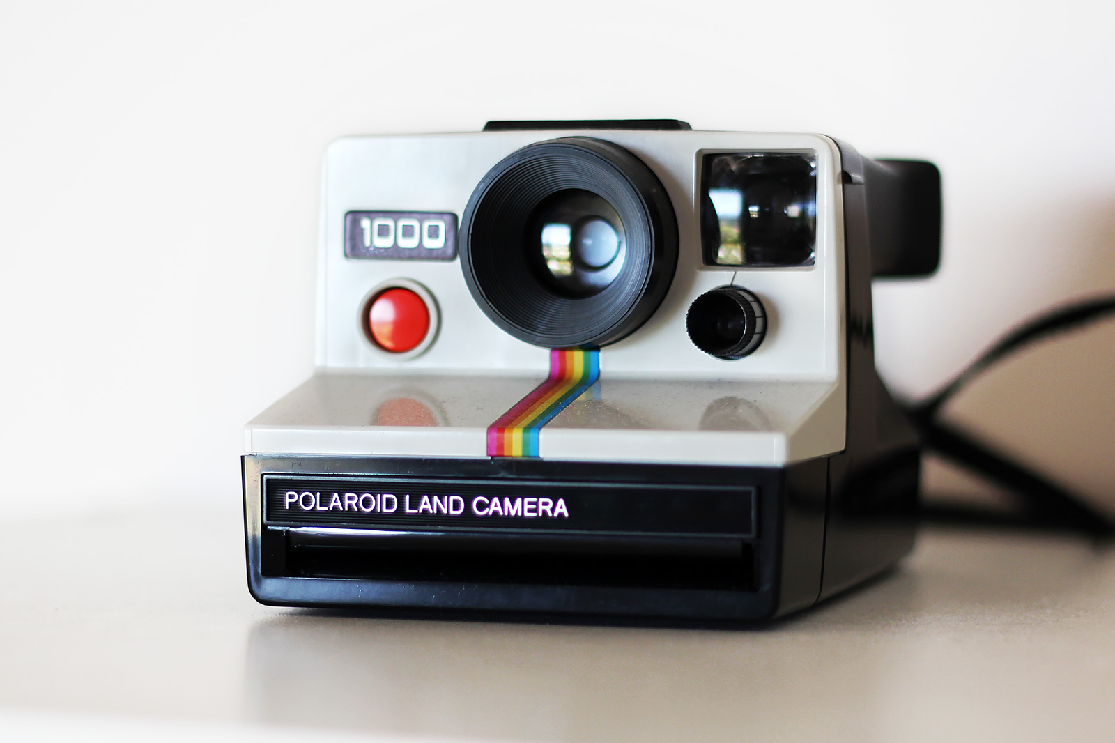 manual polaroid land camera 1000